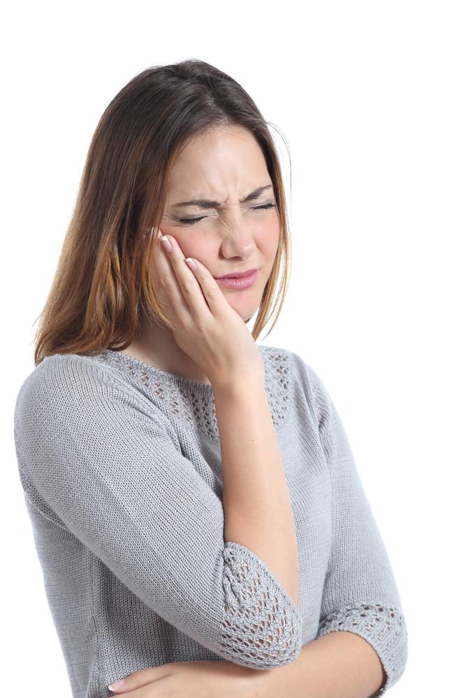 牙龈出血该怎么办?