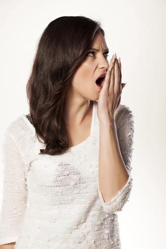 牙周炎危害大吗?牙周炎要怎么治疗?