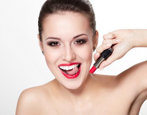 哪些人适合做全瓷牙?