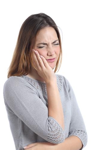 牙龈萎缩还有得救吗?