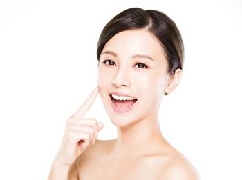 牙齿冷光美白需要多少钱?