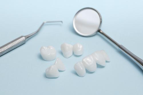 全瓷牙一般多少钱一颗?