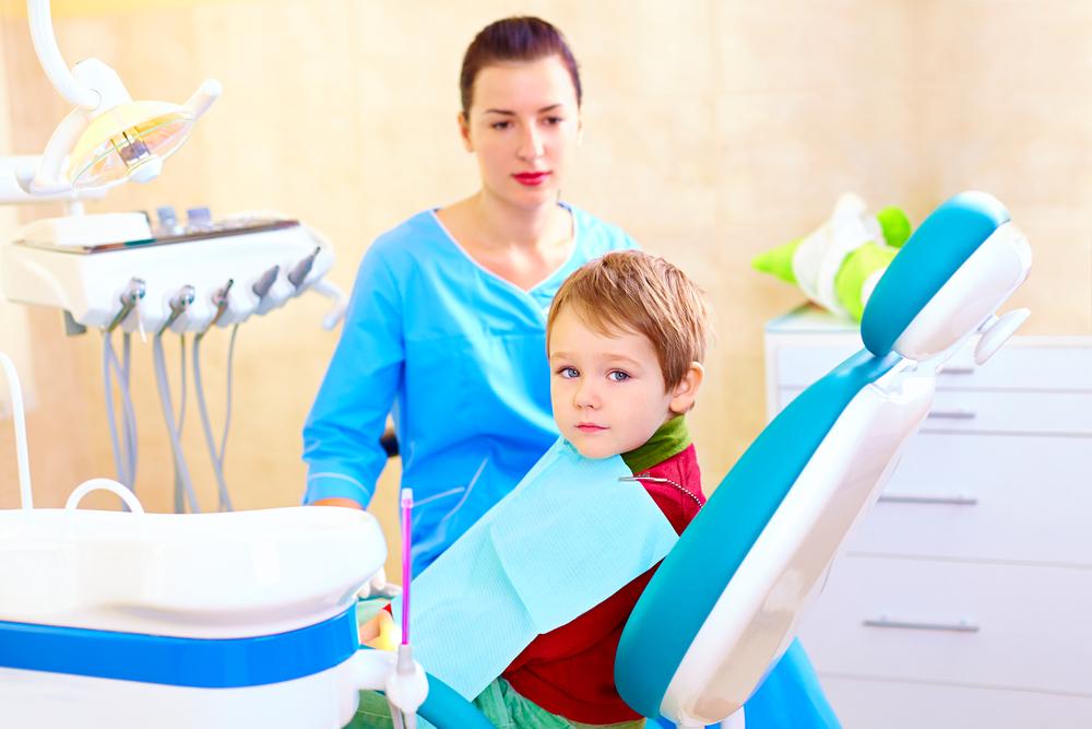 补一个牙洞要多少钱?