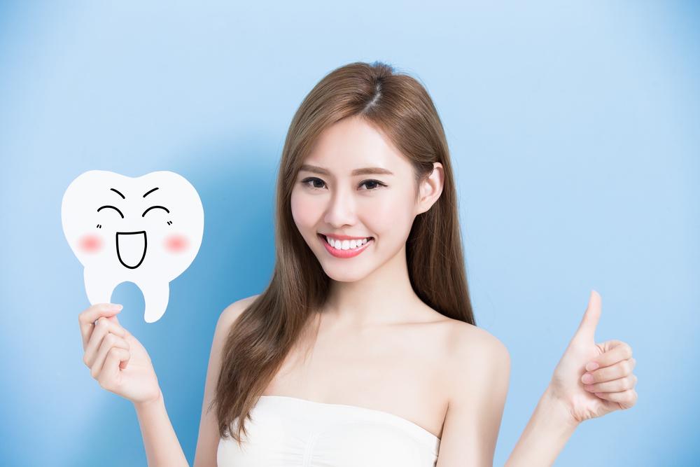 氟斑牙怎么来的?如何治疗?